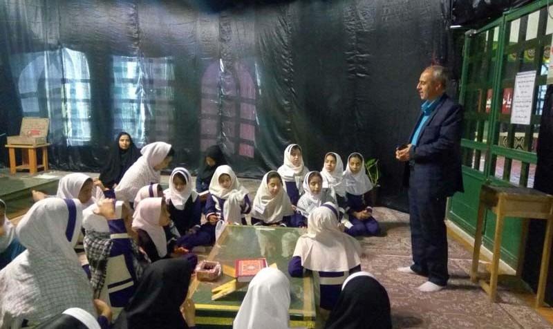 مسمومیت ۳۰ دانش آموز دبیرستان دخترانه در کرج بر اثر گاز منواکسید کربن