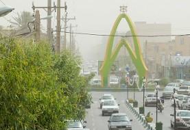 گرمایش زمین؟ وزش بادهای بی سابقه در زابل: برای نخستین بار سرعت باد در زابل به ۱۲۰ کیلومتر بر ساعت رسید