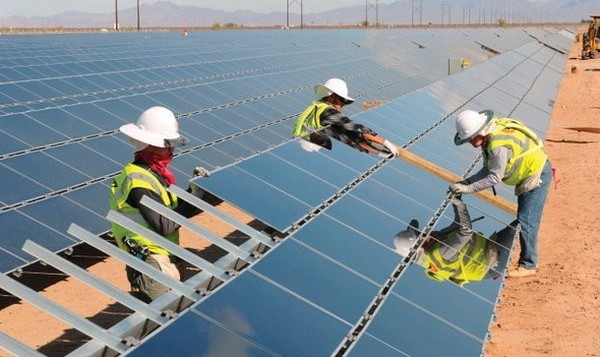 حرکت مثبت برای اقتصاد و محیط زیست ایران: توافق ۲.۵ میلیارد یورویی شرکت نروژی با ایران برای احداث نیروگاه خورشیدی
