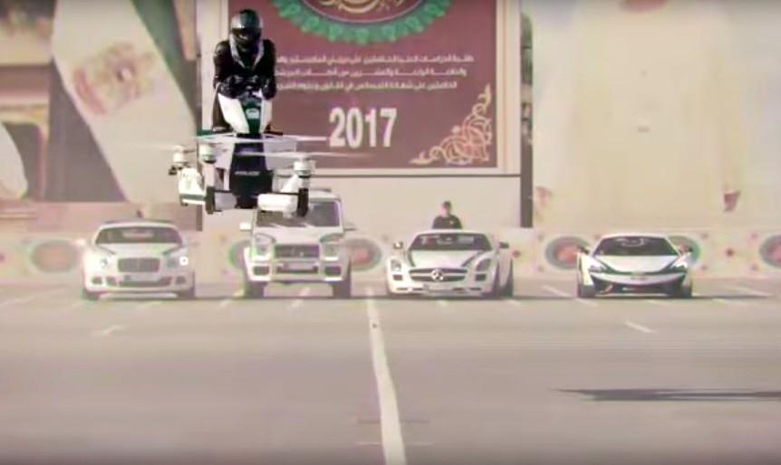 ویدئو استفاده پلیس دوبی از موتورهای پرنده