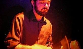 سخنرانی و اجرای موسیقی انتزاعی سنتی ایرانی توسط فراز مینویی