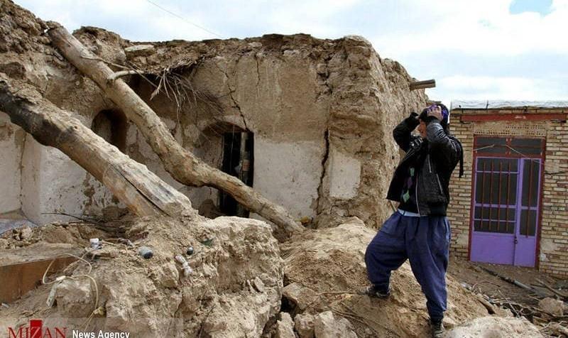 زلزله در سومار و سرپلذهاب و بیشتر استانهای عراق / سومار همچنان می لرزد: امتحانات نوبت بعد ازظهر دانشگاه ایلام لغو شد