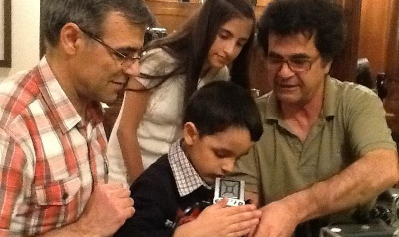 درخواست خانه سینما از آملی لاریجانی برای صدور مجوز حضور جعفر پناهی در جشنواره کن