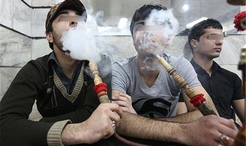 دادستان تهران: مصرف دخانیات در اماکن عمومی و وسایل نقلیه عمومی جرم محسوب می شود.