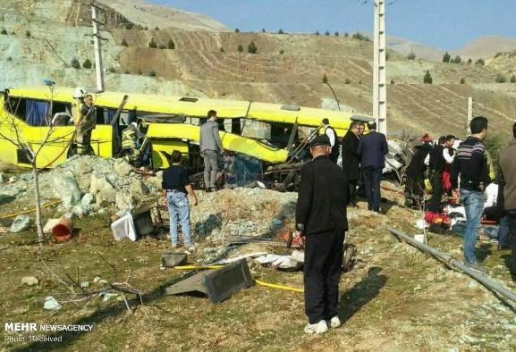 پیمانکار اتوبوس مرگ دانشگاه آزاد ۸ بار اخطار گرفته بود!