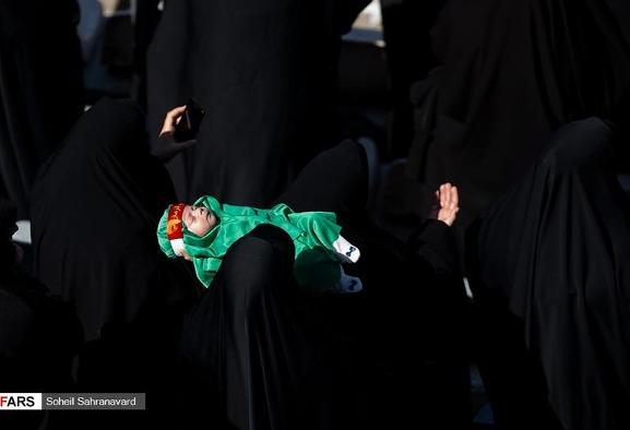 In Pictures: Shia Mourners Attend Child Martyrs and Mud Slapping ...
