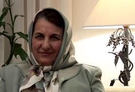 همسر علی شریعتی به علت عارضه مغزی درگذشت و در کنار مزار برادرش و سه دانشجوی معترض به دیدار نیکسون به خاک سپرده خواهد شد