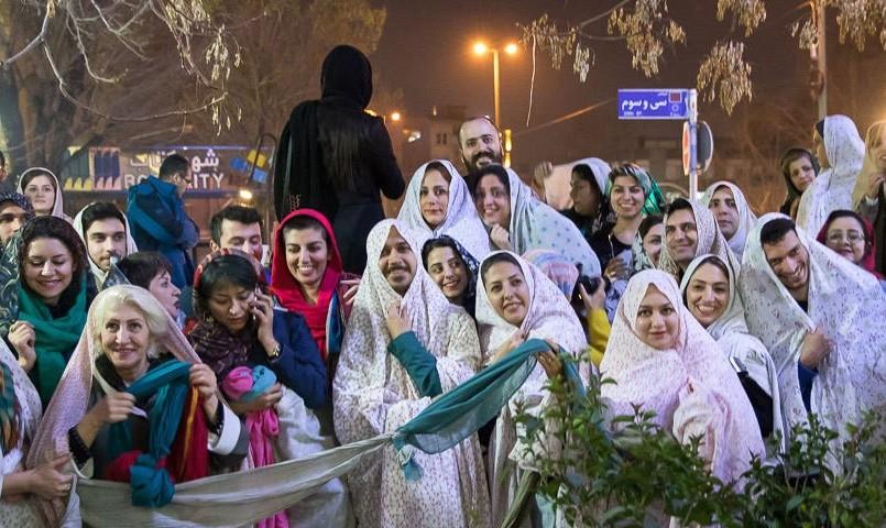 تصاویر قاشقزنی در یوسفآباد تهران