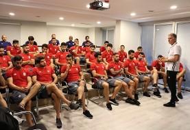 شرکت نایک یک هفته مانده به جام جهانی: به بازیکنان ایران کفش ورزشی نخواهیم داد! آیا ایرانیها هم نایکی را تحریم میکنند؟