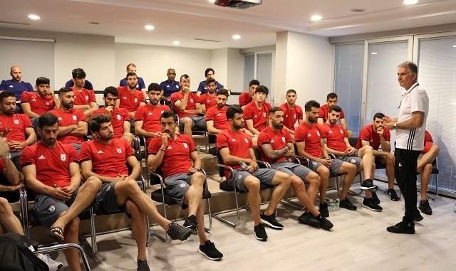 شرکت نایک یک هفته مانده به جام جهانی: به بازیکنان ایران کفش ...