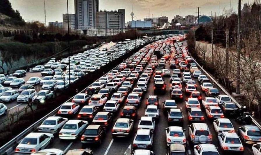 پنج میلیون خودرو برای ۱۰ میلیون نفر: علت ترافیک شدید اینروزهای «تهران» چیست؟