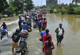 بدترین سیل هند در یک قرن اخیر ۸۰۰ هزار نفر را بی خانمان کرد!