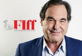 الیور استون پس از گردشگری در اصفهان برای شرکت جشنواره جهانی فیلم فجر به تهران میآید