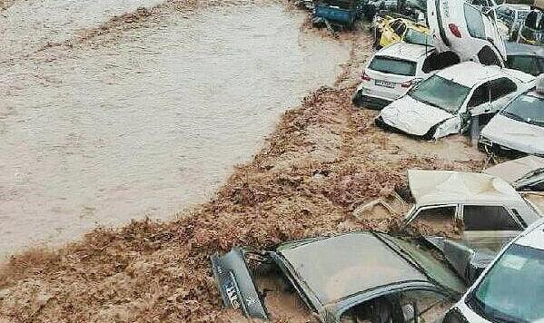 سیل شیراز تاکنون ۱۷کشته و ۶۸ مصدوم به جای گذشته است