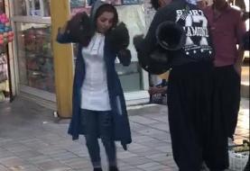 در بحبوحه سقوط ریال و کشتار کرونا، امر به معروف و نهی از منکر باز به موسیقیدانان خیابانی گیر داد! بازداشت چند جوان شاد در ایلام