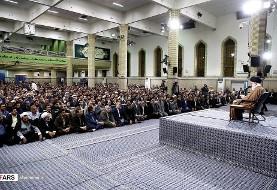 دیدار کارگزاران حج با  آیت الله خامنه ای: همه مسلمانان نسبت به مکه و مدینه حق یکسانی دارند