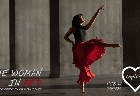 زن قرمز پوش: رقص و داستان سرایی زیبای پارمیدا ضیایی