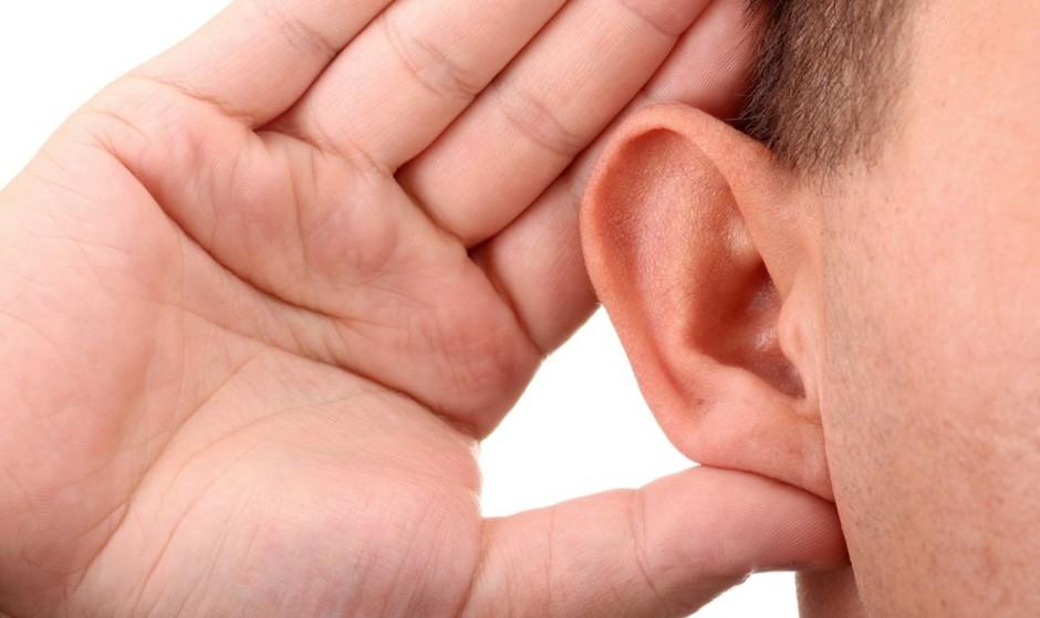 از مضرات گوش کردن به موسیقی از طریق هدفون: سن کم شنوایی غیر قابل درمان در ایران به ۱۴ سالگی رسید
