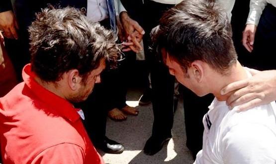 عکس: پایان گروگانگیری ۲ میلیارد تومانی دو برادر نیازمند از میلیاردر اصفهانی