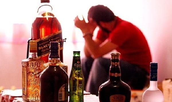 مراجعه ۲۹ مسموم الکلی بندرعباس به بیمارستان