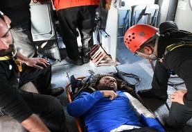 عکس نجات معجزه آسای کوهنوردی که به دره ۱۵۰ متری تفتان پرت شد