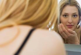 چگونه از صورتمان بفهمیم که بدنمان نیازمند مکمل های غذایی است؟
