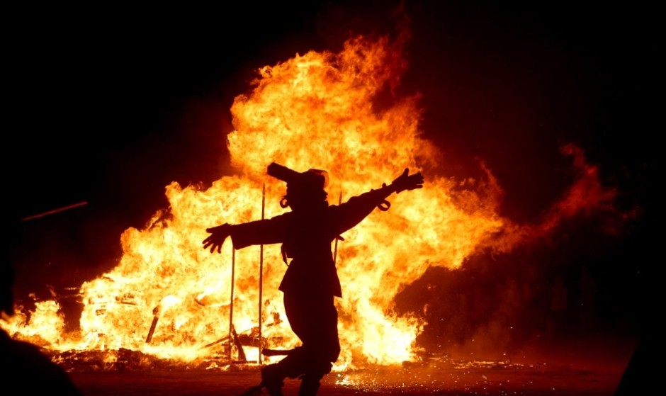 Chaharshanbeh Soori (Persian Festival of Fire) 2012