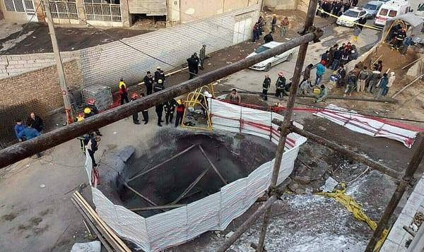 گودبرداری در تهران باز هم حادثه آفرید: ریزش آوار در میدان شکوفه
