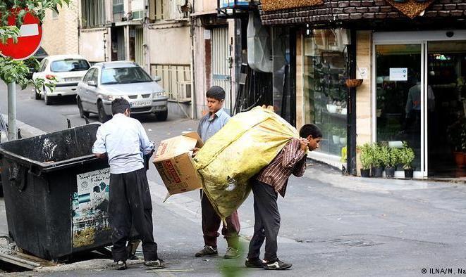 روزی ۵۰ هزار تومان! ۴۰ درصد کودکان زباله گرد نان آور خانوده اند