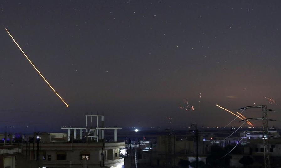 اسرائیل، دمشق و چند منطقه دیگر در سوریه را هدف حملات هوایی قرار داد
