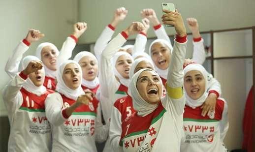 شب دورهمی با فیلم ایرانی: نمایش عرق سرد سهیل بیرقی