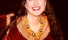 دوره و استراحتگاه رقص و فرهنگ شرقی با هلن اریکسون