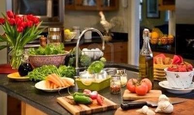 با انجام کارهای خانه، آشپزی، بچه داری، خرید و... چقدر کالری می سوزانند؟