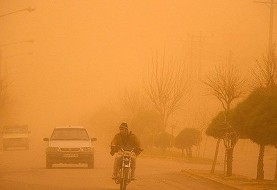 باز طوفان ۱۱۹ کیلومتری و سرما برخی مدارس سیستان وبلوچستان را تعطیل کرد
