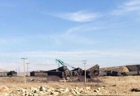 مسیر ریلی تهران مشهد بسته شد: تصاویر خارج شدن قطار باری حامل سنگ آهن  از ریل در نیشابور به دلیل نامعلوم