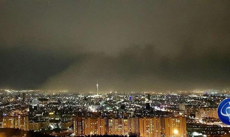 تندباد ۵۰ کیلومتری تهران را در نوردید