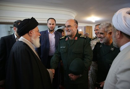 خبرهای ضدونقیض از علت مرگ فرمانده قرارگاه ثامنالائمه سپاه: از  بیماری تا سانحه و تنظیف سلاح انفرادی