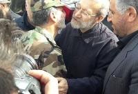 عکس| دیده بوسی لاریجانی و فرمانده ارتش در کرمانشاه