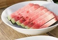۱۱ دلیل برای افزایش مصرف هندوانه