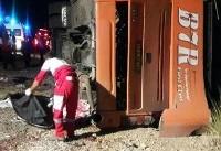 واژگونی اتوبوس در دارب، ۱۱ کشته به جا گذاشت/ احتمال افزایش کشته ها به ۱۶ نفر