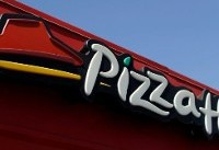 Florida Pizza Hut Takes Heat For Threatening Workers Fleeing Irma