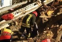 ۱۳ کشته و زخمی در تصادف اتوبوس و تریلی
