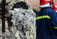 آتشسوزی در ساختمانی با سقف شیروانی قدیمی