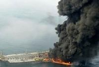 پیکر دو خدمه از نفتکش خارج شد/ ادامه عملیات تجسس پس از کاهش دمای کشتی