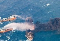 توقف اطفای حریق نفتکش سانچی به دلیل بدی آب و هوا و امواج/ ژاپن از فردا کمک هوایی میرساند
