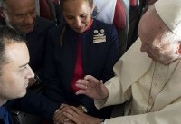 Love in the air: Pope marries couple on papal plane in Chile