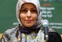 شاعری که به خاطر دین و حجاب از آمریکا به ایران بازگشت