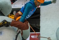 محمدرضا صفدریان پس از کسب نخستین مدال انفرادی تاریخی یخ نوردی؛ پوستم کنده شد!