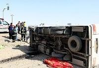 واژگونی خودرو در بلوارشهید آوینی/۲۵ سرنشین در مینی بوس محبوس بودند
