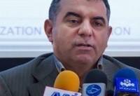 دولت کرم ابریشم و یونجه پرورش میدهد